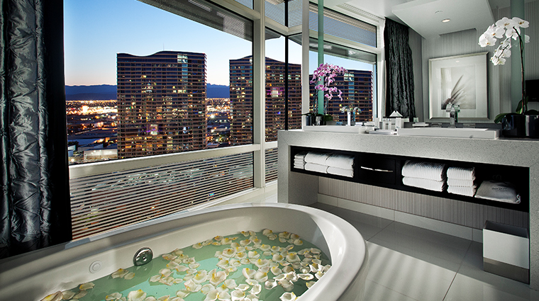 hard tower hotel suite tub hot room las and slideshows bathrooms celeb with of hotels rock casino best vegas in