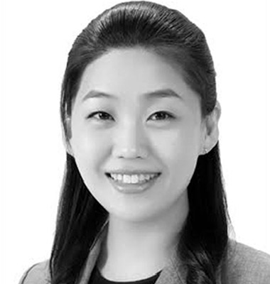 Jie Young Lee