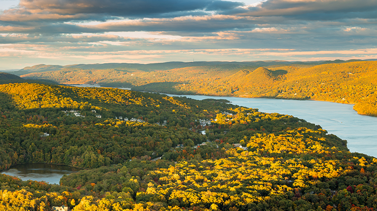 Hudson valley luxury hotels forbes travel guide for Destination spas near nyc