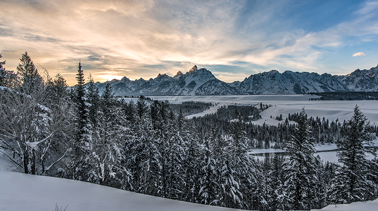Jackson hole luxury hotels forbes travel guide for What to do jackson hole
