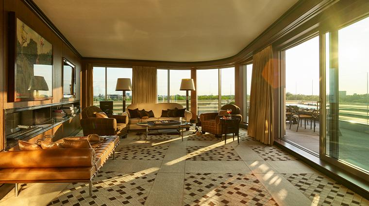 45 park lane penthouse suite living room