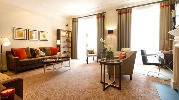 51 buckingham gate taj suites and residences living room