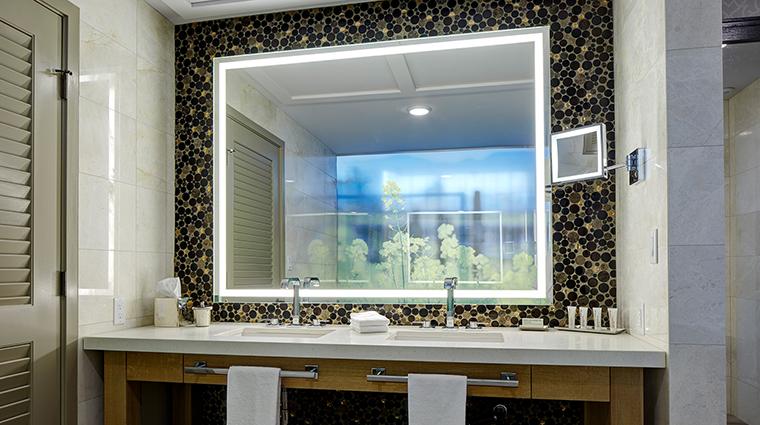 Archer Hotel Napa Den bathroom mirror