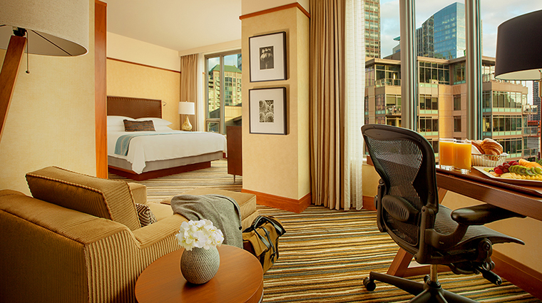 FTG Hotel PanPacificSeattle GuestroomandSuites Premium Space Needle King CreditPan Pacific Seattle