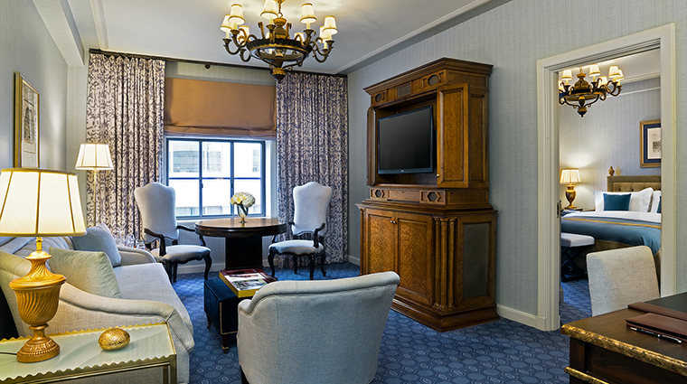 FTG Hotel StRegisWashingtonDC GuestroomandSuites Caroline Astor Suite CreditStarwood Hotels & Resorts Worldwide Inc