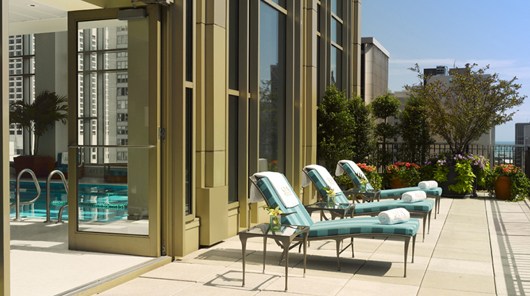 FTG Spa The Peninsula Spa Chicago Outdoor Sundeck 2 CreditThePeninsulaHotels