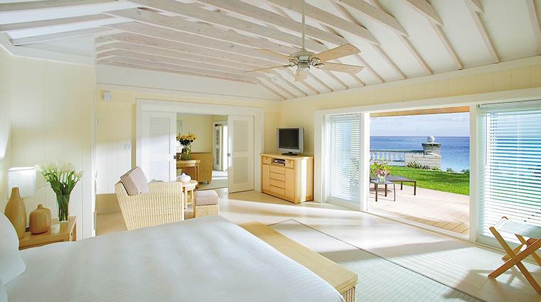 FTG Hotel ElbowBeachBermuda GuestroomsandSuites Bird of paradise cottage bedroom CreditElbowBeachBermuda