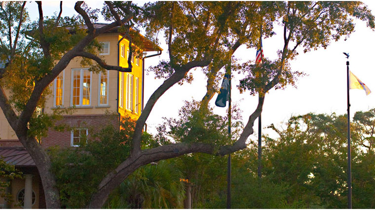 FTG Kiawah Exterior Hotel Side