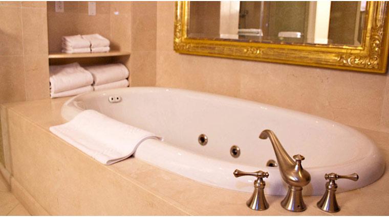 FTG Kiawah Guestroom Tub