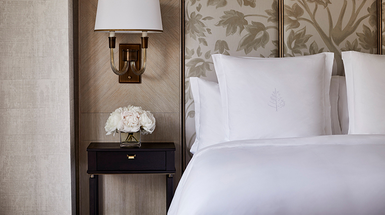Four Seasons Hotel Boston headboard details
