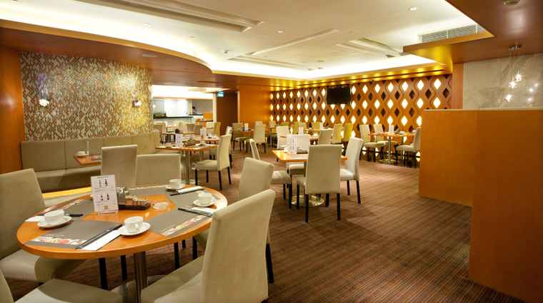 PopertyImage Restaurant Style DiningRoom CreditMelcoCrownEntertainmentLimited