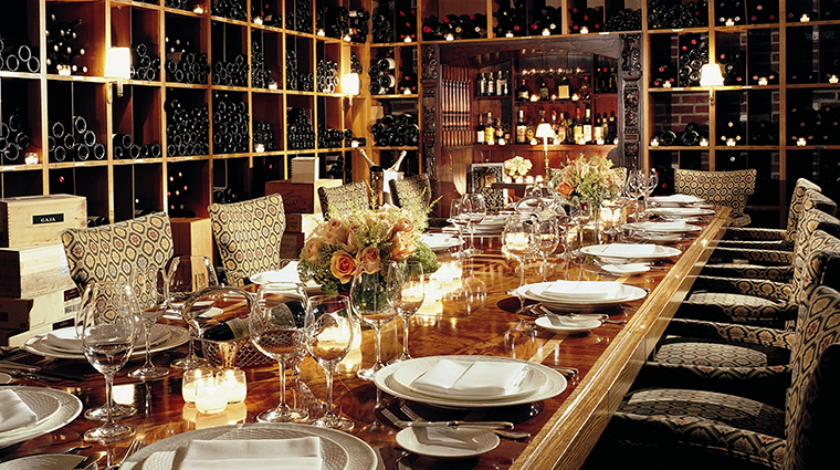 Property 21Club Restaurant Dining WineCellarPrivateDiningRoom BelmondManagementLimited