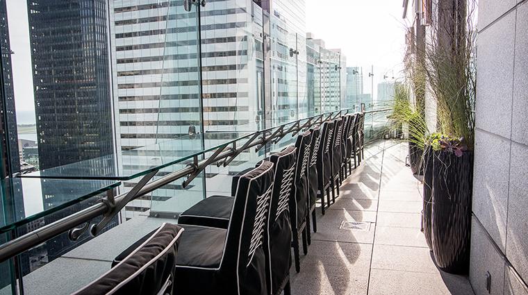 Property AmericaRestaurant Restaurant Dining Terrace TrumpInternationalHotel&TowerToronto