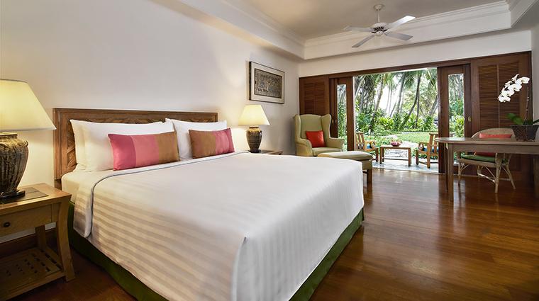 Property AnantaraSiamBangkokHotel Hotel GuestroomSuite GardenTerraceSuiteBedroom AnantaraHotelsResorts&Spas