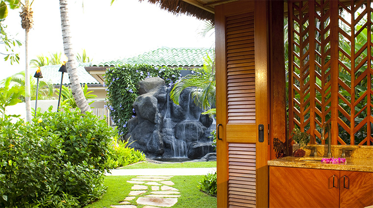 Property AnaraSpa 7 Spa Style TreatmentHaleWithAViewOfTheWaterfall CreditHyattCorporation