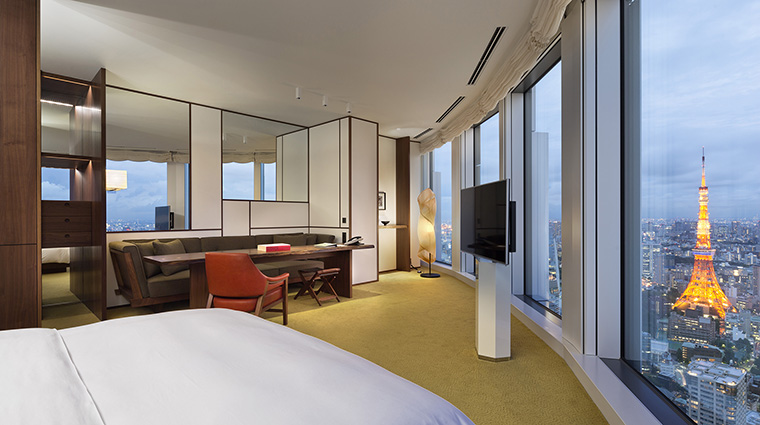 Property AndazTokyoToranomonHills Hotel GuestroomSuite AndazLargeTowerKing HyattCorporation