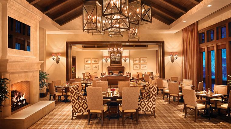 Property Apex 1 Restaurant Style DiningRoom CreditMontageHotelsandResorts