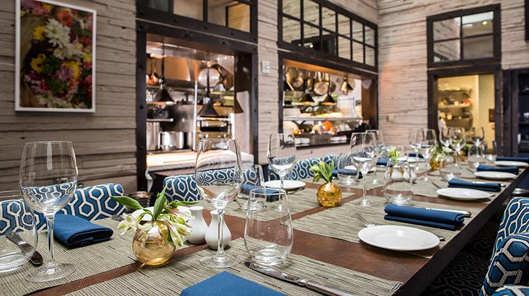 Property ArcherHotelNewYork Hotel Dining CharliePalmerSteakChefsTable ArcherHotel
