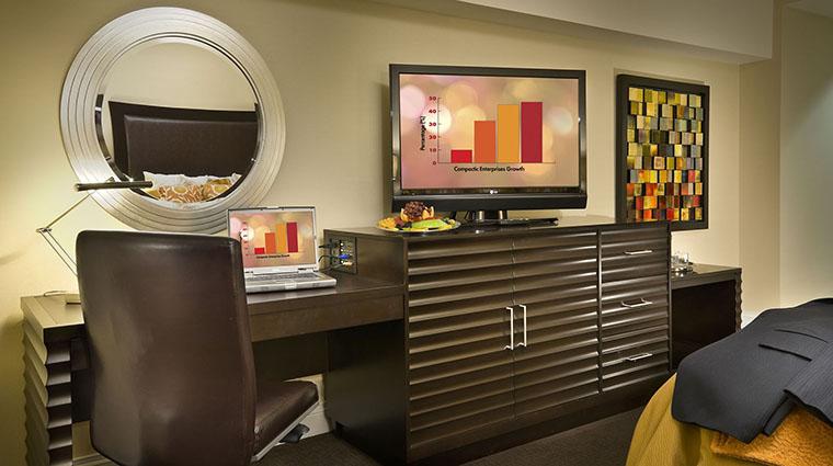 Property AtlantisCasinoResort Hotel GuestroomSuite ConciergeRoom Desk CreditAtlantisCasinoResortSpa