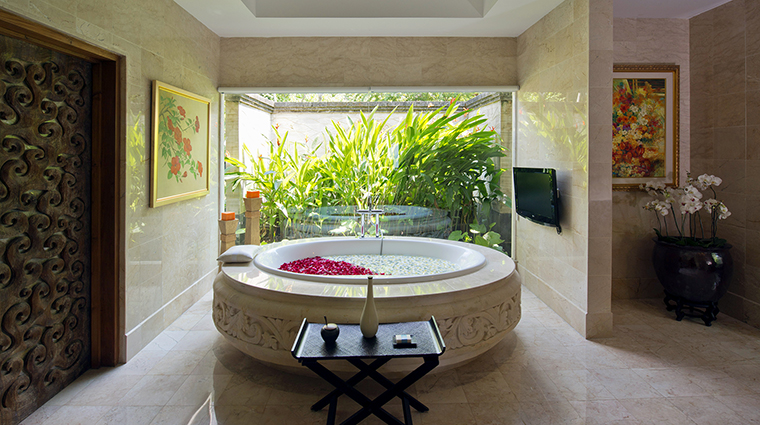 Property AyanaResort&Spa Hotel GuestroomSuite VillaMasterBathroom AyanaResort&Spa