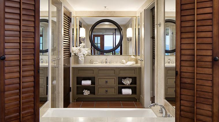 Property BacaraResort&Spa Hotel GuestroomSuite BacaraOceanfrontGuestroomBathroom BacaraResorts