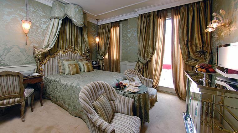 Property BaglioniHotelLuna Hotel GuestroomSuite SuperiorRoom BaglioniHotels