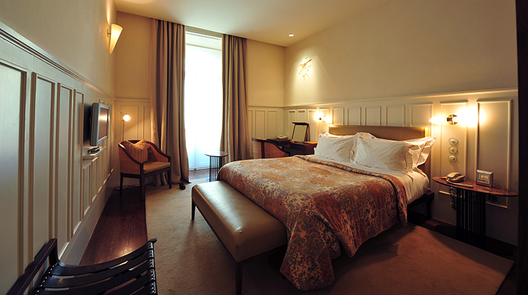 Property BairroAltoHotel Hotel GuestroomSuite SuperiorRoom BairroAltoHotel