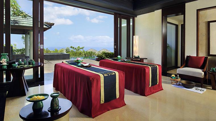Property BanyanTreeSpaUngasan Spa TreatmentRoom2 BanyanTreeHotels&Resorts