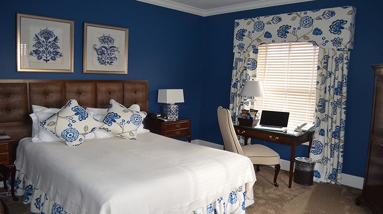 Property BernardsInn Hotel GuestroomsSuites BlueRoom TheBernardsInnHotel