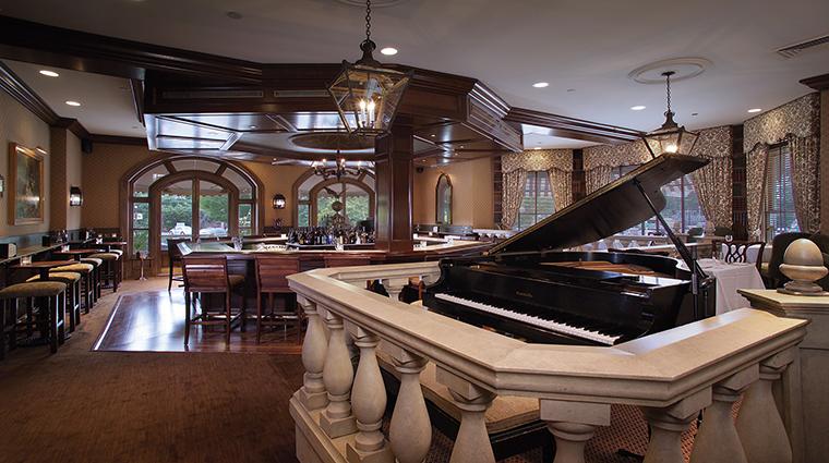 Property BernardsInn Hotel PublicSpaces Pianobar TheBernardsInnHotel