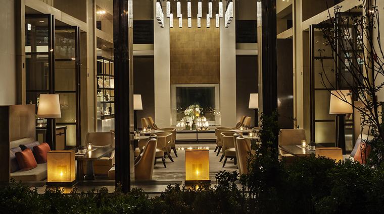 Property BistroB Restaurant BarInteriorView RosewoodHotelsandResortsLLC