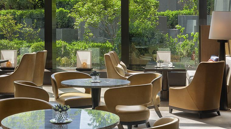 Property BistroB Restaurant BarSeating2 RosewoodHotelsandResortsLLC