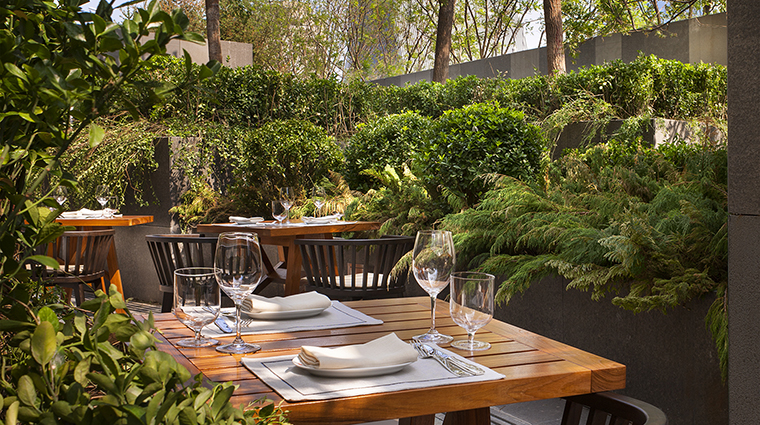 Property BistroB Restaurant Courtyard RosewoodHotelsandResortsLLC