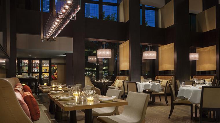 Property BistroB Restaurant DiningRoom3 RosewoodHotelsandResortsLLC