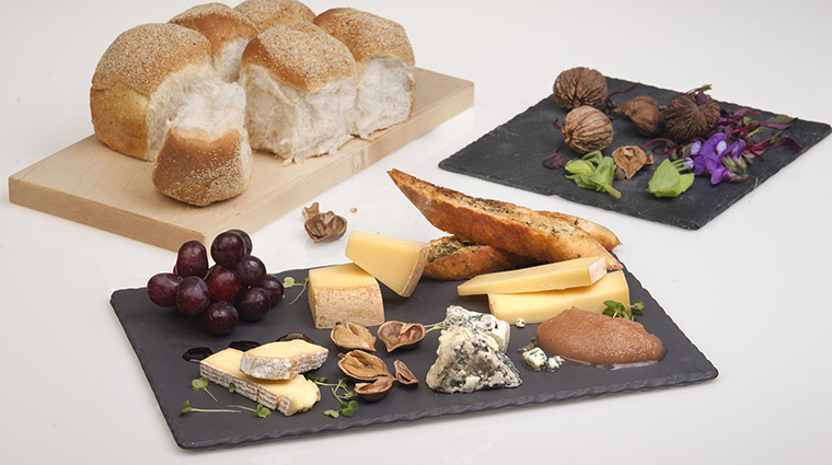 Property BistroLaurentienLaCoupole Restaurant Dining PiqAssietteFromages HotelLeCrystalMontreal
