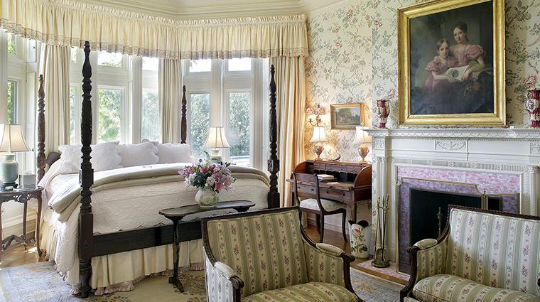 Property Blantyre Hotel GuestroomSuite TheMainHouseLaurelSuiteBedroom Blantyre