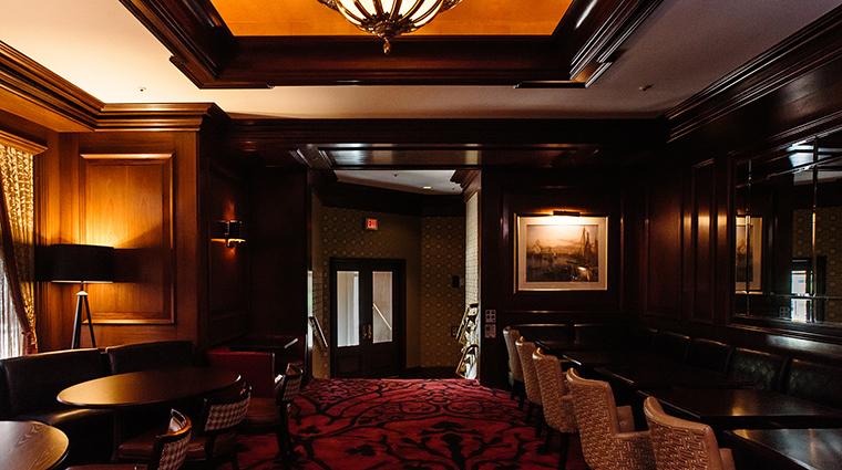 Property BostonHarborHotel Hotel BarLounge RowesWharfBarSeating BostonHarborHotel