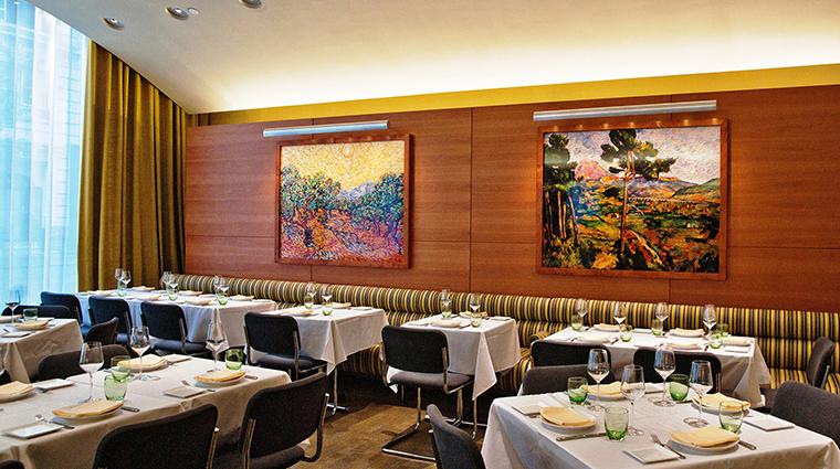 Property BouludSud 1 Restaurant Style DiningRoom Credit P.Wagtouicz