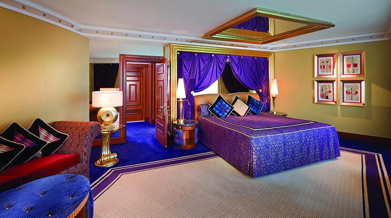 Property BurjAlArab Hotel GuestroomSuite OneBedroomDeluxeSuiteUpperLevel JumeirahInternationalLLC