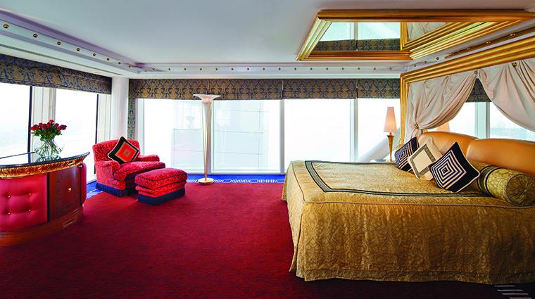 Property BurjAlArab Hotel GuestroomSuite PanoramicSuiteBedroomUpperLevel JumeirahInternationalLLC