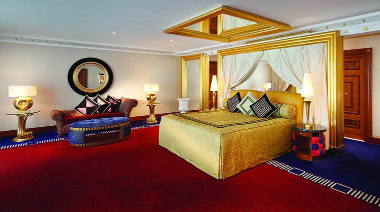Property BurjAlArab Hotel GuestroomSuite TwoBedroomDeluxeSuiteMasterBedroomUpperLevel JumeirahInternationalLLC