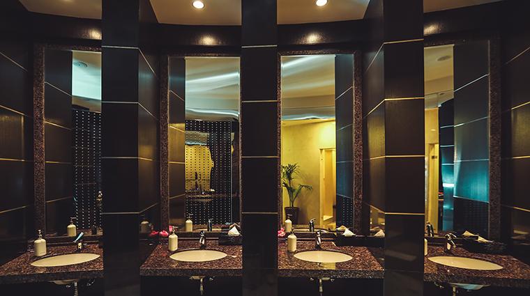 Property CHITheSpaatShangriLaDubai Spa ChangingRoom ShangriLaInternationalHotelManagementLtd