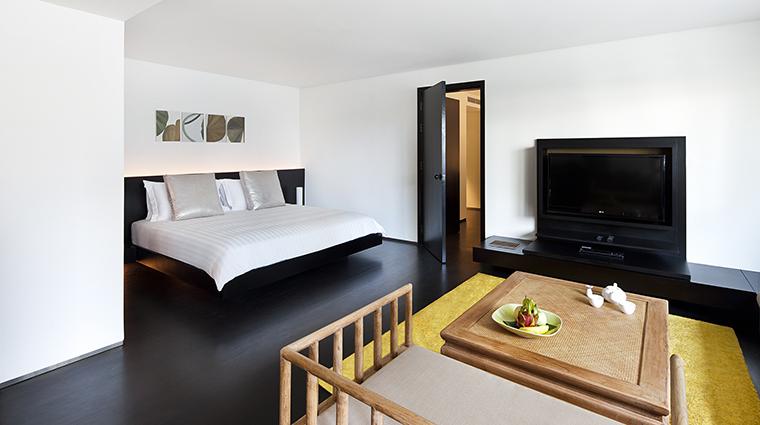 Property COMOMetropolitanBangkok Hotel GuestroomSuite ExecutiveSuiteBedoom TheCOMOGroup