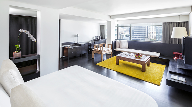 Property COMOMetropolitanBangkok Hotel GuestroomSuite MetropolitanRoom TheCOMOGroup