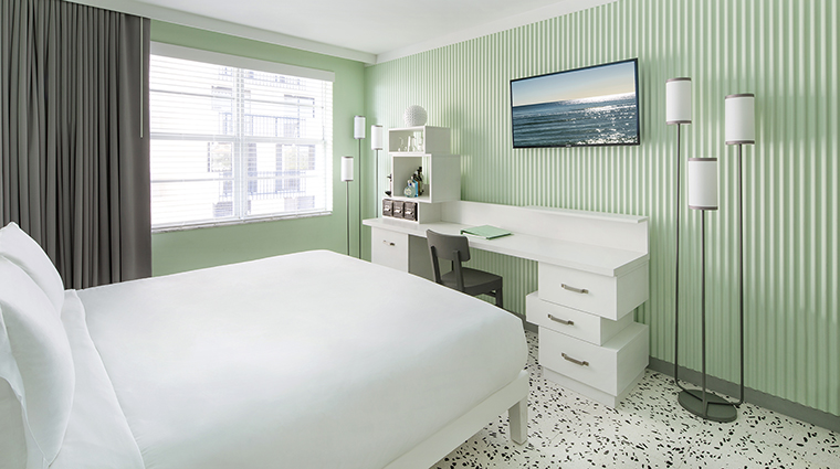 Property COMOMetropolitanMiamiBeach Hotel GuestroomSuite CityViewRoom COMOHotelsandResorts