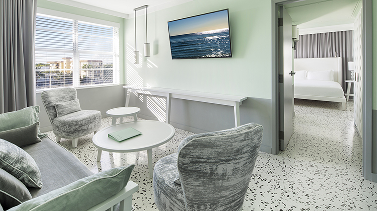 Property COMOMetropolitanMiamiBeach Hotel GuestroomSuite LakeViewSuiteLivingRoom COMOHotelsandResorts