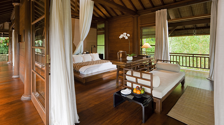 Property COMOShambhalaEstate Hotel GuestroomSuite TirtaEningTerraceSuite2 TheCOMOGroup