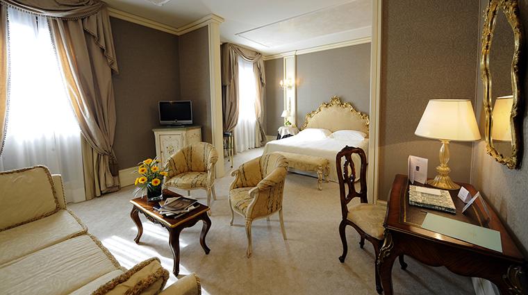 Property CaSagredoHotel Hotel GuestroomSuite SagredoVenetianSuite CaSagredoHotel
