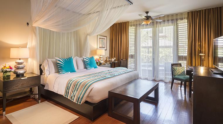 Property CapellaMarigotBay Hotel GuestroomSuite ResortViewKingBedroom CapellaHotelsandResorts