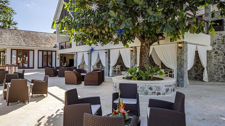 Property CapellaMarigotBay Hotel PublicSpaces CabanasandSeating CapellaHotelsandResorts